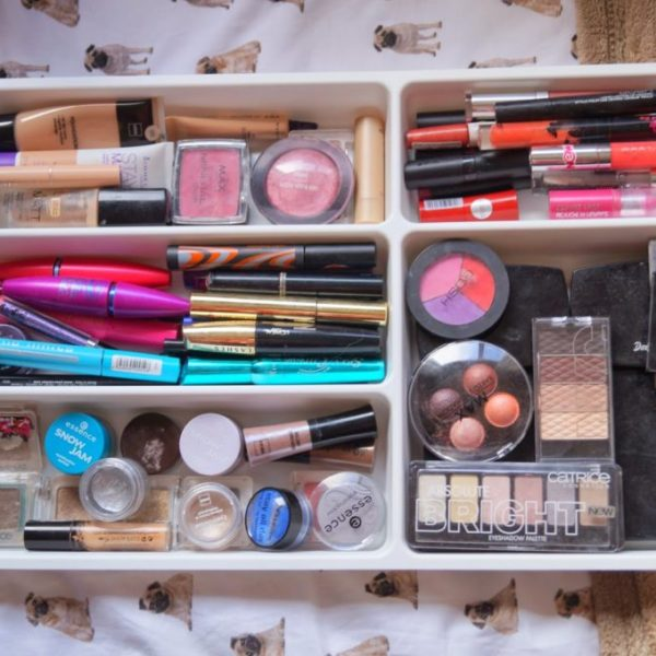 Tip: Handige manier om make-up op te bergen.