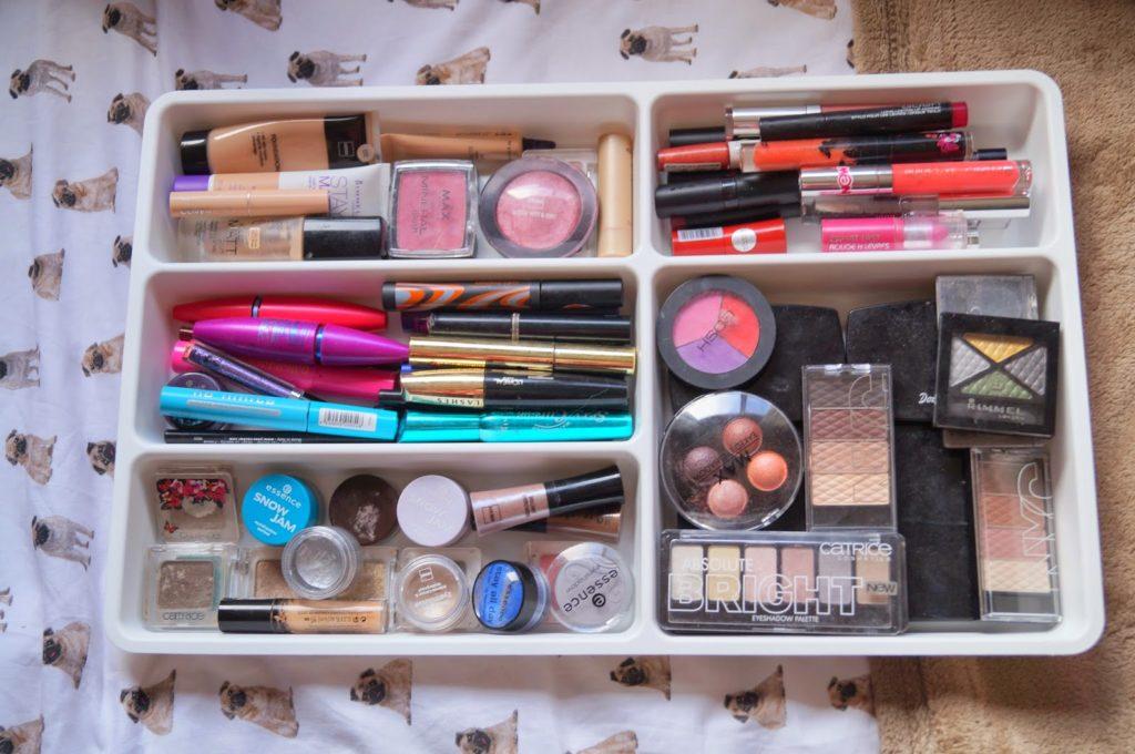 Tip: Handige manier om make-up op te bergen.