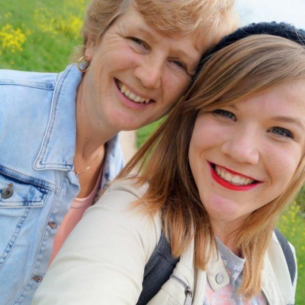 Fijne moederdag & waarom mijn moeder zo geweldig is! ♡