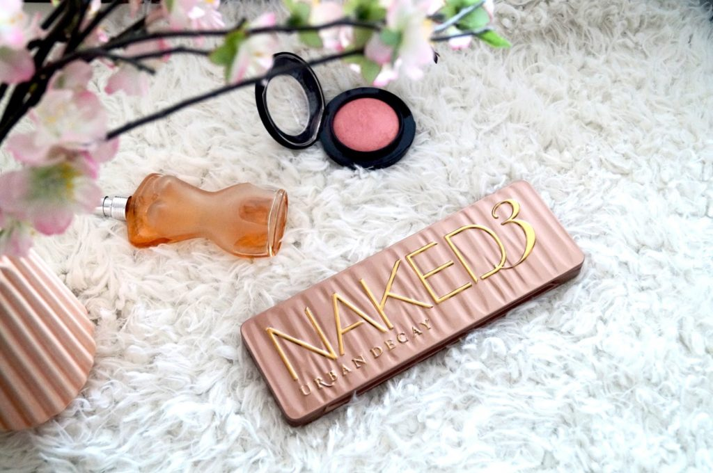 Review | Urban decay naked 3 pallet.