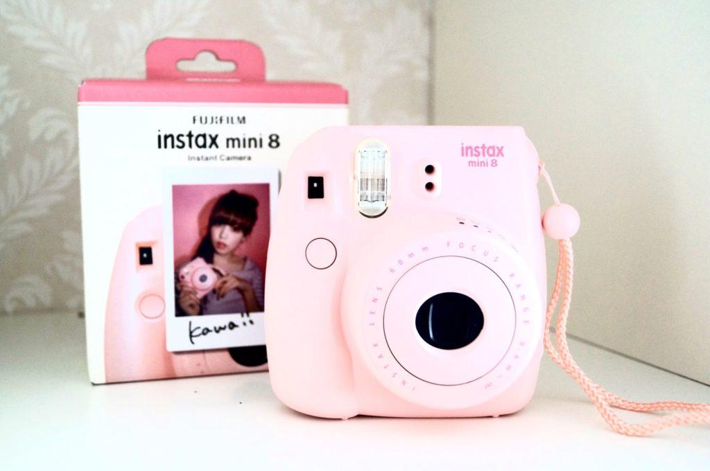 New | Fujifilm instax mini 8.