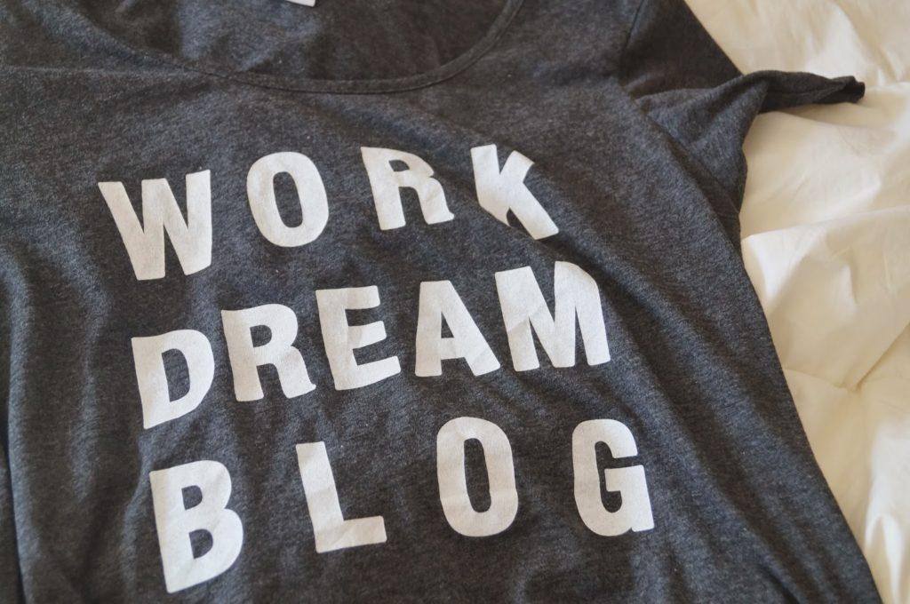 Tip: Blog t-shirt!