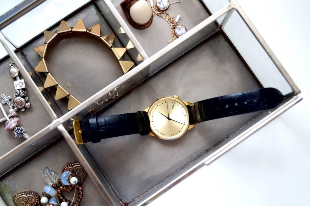 New in | Horloge Komono.