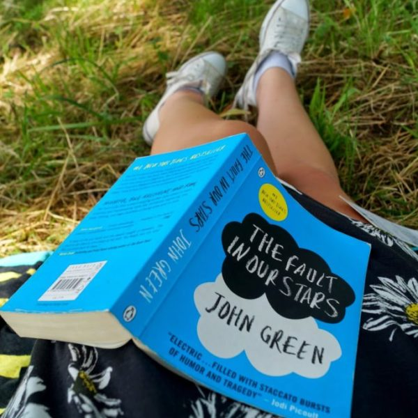 Review: Boek the fault in our stars.