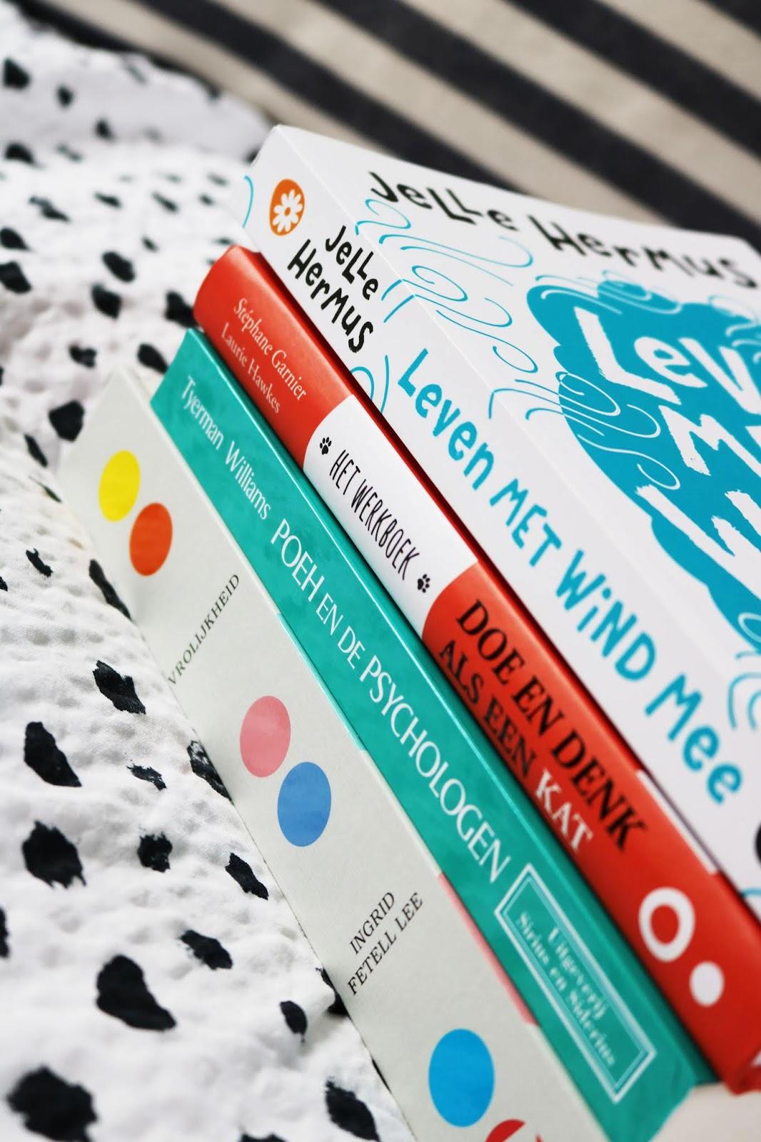 Ontstressen: pak een leesboek erbij | 5 redenen waarom lezen goed voor je is.