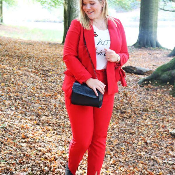Blijheidmomentjes | Rood pak dragen, uitzet & verjaardag vieren! #49