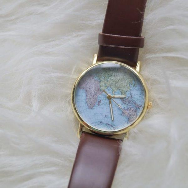 New in – Wereld horloge.